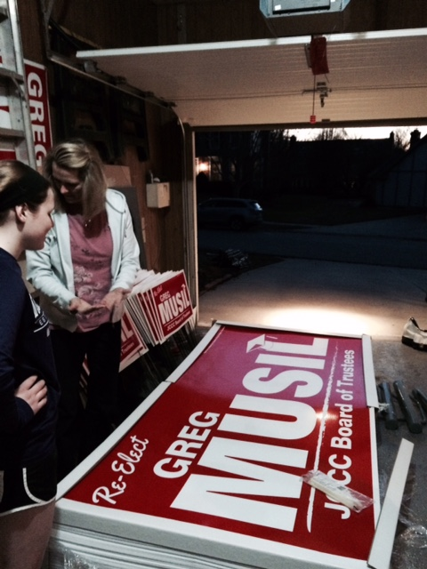 Preparing Yard Signs for the Campaign